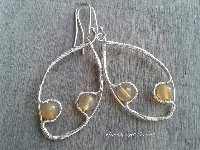 Contemporary dangle earrings with natural agate