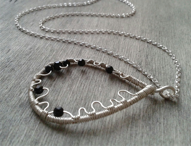 Onyx pendant necklace in Sterling silver