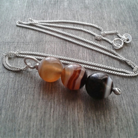 Lace agate pendant necklace