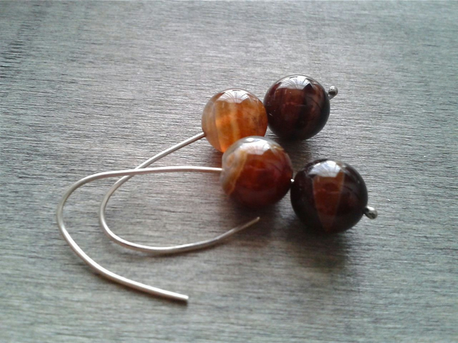 Threader earrings in recycled silver with agate gemstone