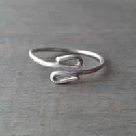 Adjustable open ring in sterling silver