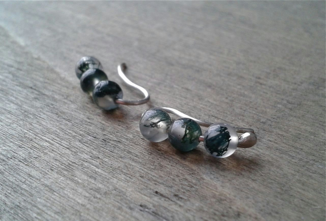 Green ear sweeps with moss agate