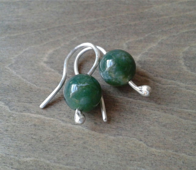Small earrings in recycled sterling silver with dark green Indian agate