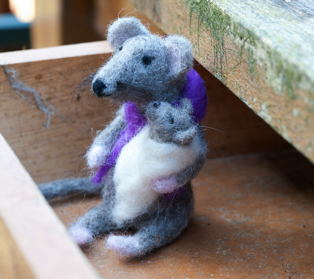 Needle Felted Mouse and Baby