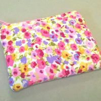 Coin purse in lilac with pink flowers, new