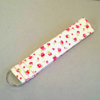 Ladies wrist key ring with small pink flowers