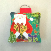 Christmas Key ring with Father Christmas pattern