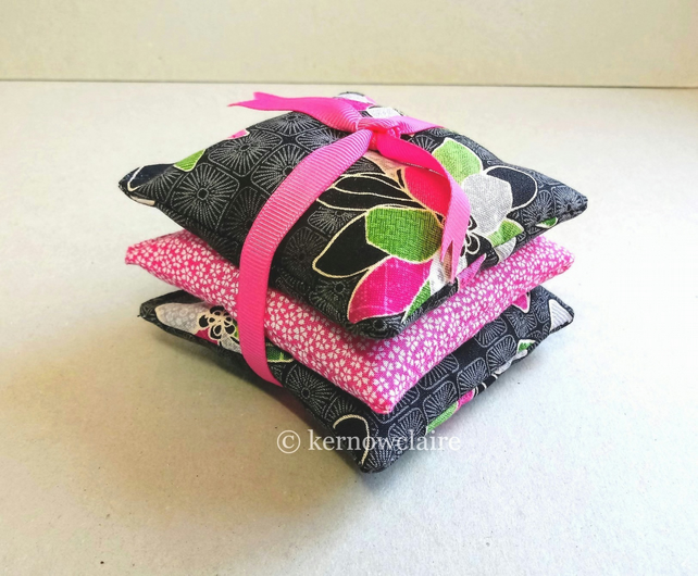 Lavender bags x 3 in black and bright pink