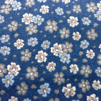 3 mitres Flower Design Quality Fabric