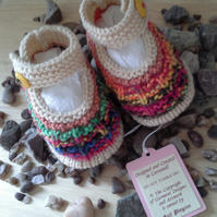 Baby Girls 0-6 months hand knitted baby shoes