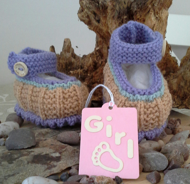 Baby Girl's Hand Knitted Shoes 0-6 months