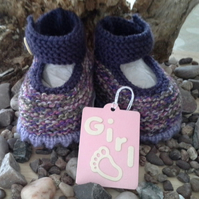 Luxery Baby Girl's Hand Knitted Shoes  with wool and cotton content 0-6 months
