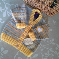 Unisex Baby Cardigan 12-18 months  size