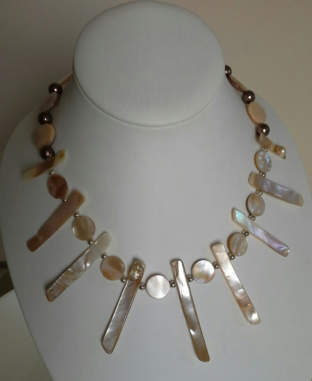 Natural Genuine Mother of Pear & Faceted Shell Pearl Necklace