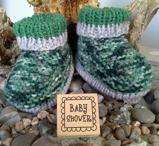 Aran Baby Boys Booties  0-6 months size