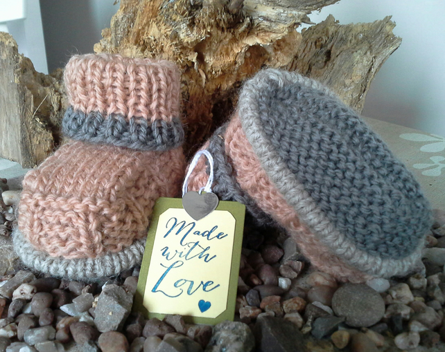 Luxery Pure New  'Jaeger'  Wool   Booties  3-6 months Size