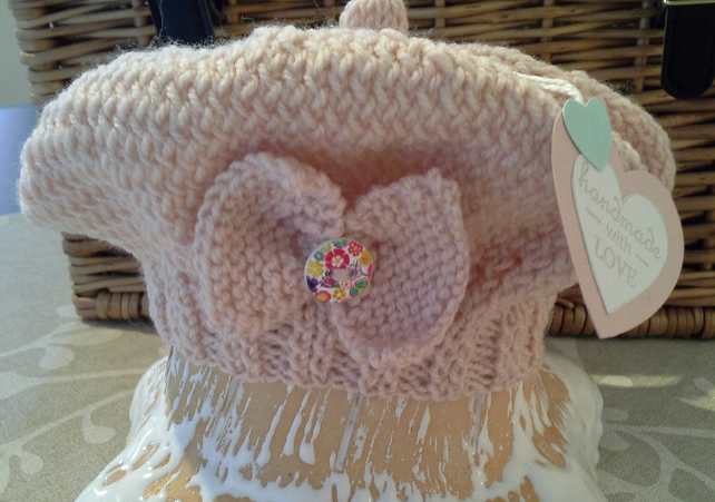 Baby Girl's Hand Knitted Bow Design Hat  0-6 months size