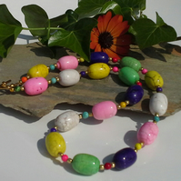 Magnesite & Howelite Necklace Silver Plated