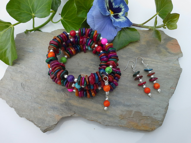 Multi Colour Dyed Mother of Pearl bracelet & earings