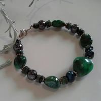 Emerald (Natural), & Freshwater Pearl, Heamotite Sterling Silver Bracelet