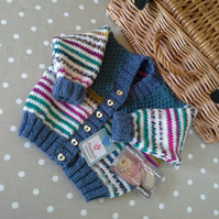 Unisex Baby Knitted Cardigan  9-18 months size
