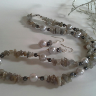 Labradorite, Genuine Pearls and Heamotite Sterling Silver necklace SET