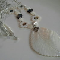 Mother of pearl & Abolone Shell Necklace 925 Silver