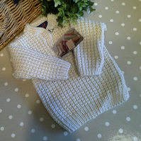 SALE ITEM Unisex Aran Ribbed Baby Jumper  1-2 years size
