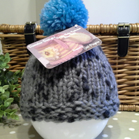 SALE ITEM Chunk Newborn Baby Boy's Bobble Hat  0-3 months size
