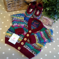 Unisex Hand Knitted Baby Cardigan  0-6 months