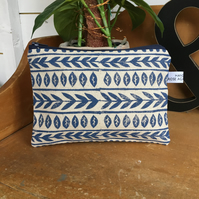 Navy blue printed makeup bag - accessories - boho