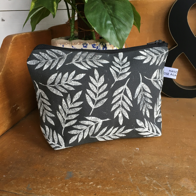 Charcoal grey makeup bag - leaf print - handmade