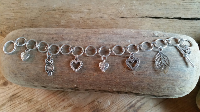 Silver plated valentines charm bracelet