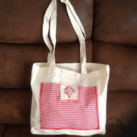Gingham pocket tote bag