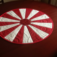 Quilted Dresden table topper