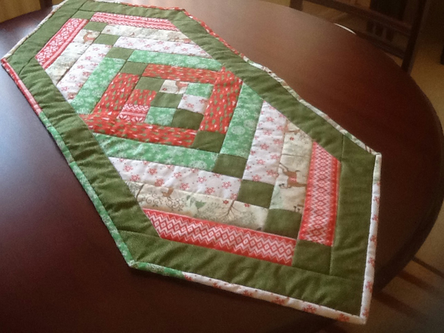 Friendship braid table runner