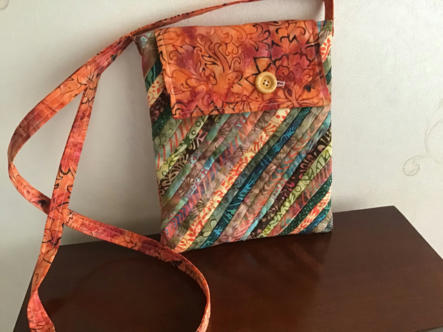 Overbody multicoloured batik  bag