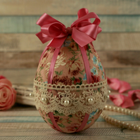 Easter gift, Easter egg, Easter decoration, spring hanging ornament, Shabby chic