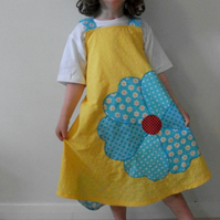 Flower applique apron dress, reversible