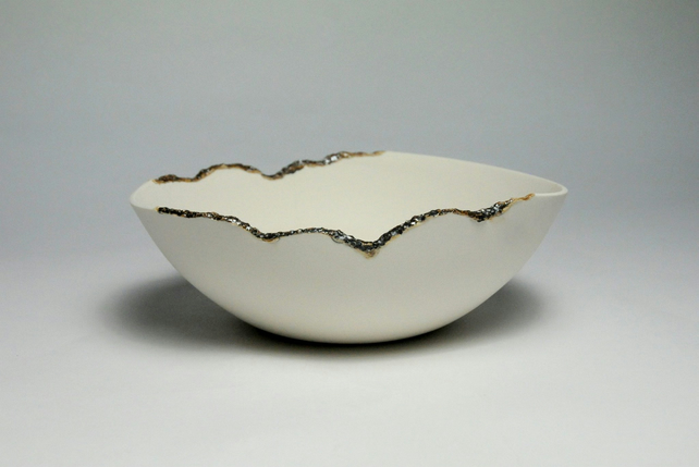 Beautiful Contrasting Porcelain Bowl