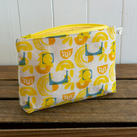 Sun Make-up and Wash Bag