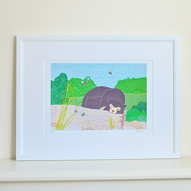 Sun bear picture - sleepy sun bear print with bumblebees