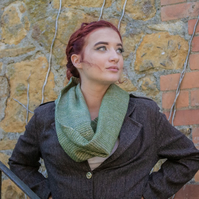 Green Hand Painted Zig-Zag Snood