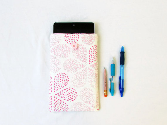 Fabric kindle case, 7 inch tablet sleeve, pink hand printed fabric