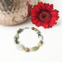 Semi precious gemstone beaded bracelet in greys and browns