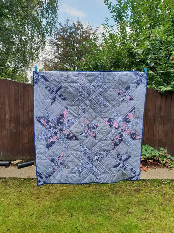 Large modern quilt, suitable for double bed, quilted sofa throw