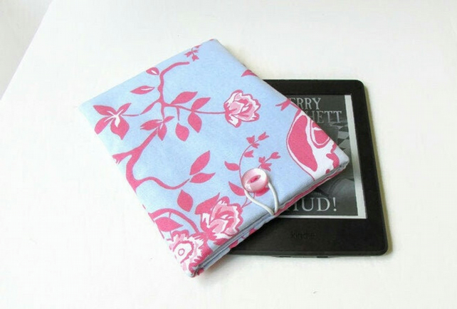 Fabric kindle case in blue and pink bird fabric