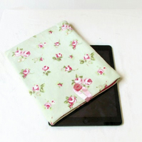 "10"" tablet case in green floral fabric, for IPad, Kindle DX or Samsung Galaxy S6"