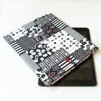 "IPad sleeve in Alice in Wonderland fabric - 10"" tablet case"