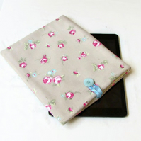 "10"" IPad case in floral fabric - Kindle DX or Samsung Galaxy S5 or S6"
